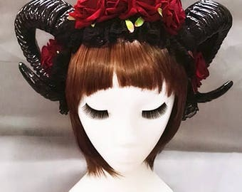 Horror Horns With Flowers Headband, Ram Horns With Flowers Headband, Horn Headdress, Horns, Halloween Horns, Gothic