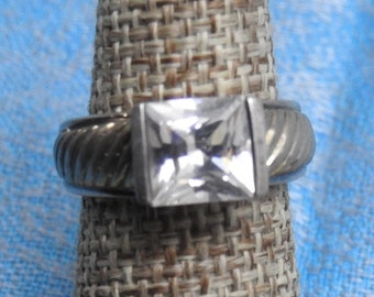 stunning vintage sterling silver and cz ring size 7