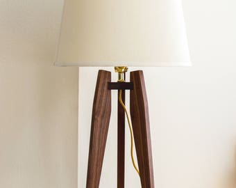 Mid-Century Modern Tripod Table Lamp in Solid Hardwood