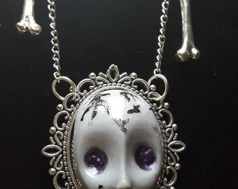 Gothic CREEPY DOLL necklace OSSIS