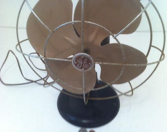 Vintage General Electric Table Top Fan, Works Good, 14 x 12 inches, Has some Patina that Shows its age, Original Fan
