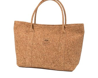 Cork Handbag, FREE SHIPPING, Vegan bag, Shoulder Bag, Eco friendly, Perfect gift for her, growing from nature, Made in Portugal