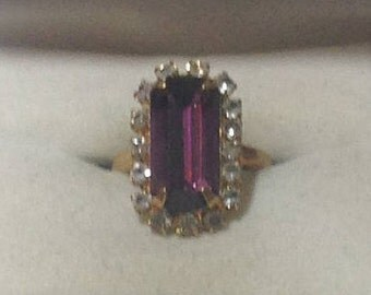 Vintage Avon Amethyst and Rhinestone Goldtone Ring