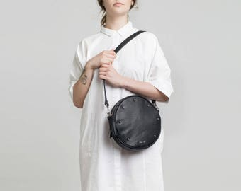 Bubble-black studded leather bags