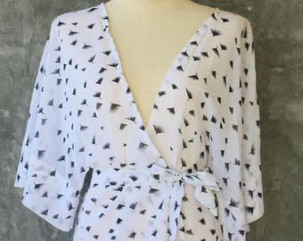 Sheer kimono jacket with batwing sleeves - one size