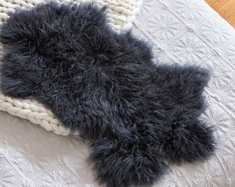 Mongolian Sheepskin Rug - CHARCOAL