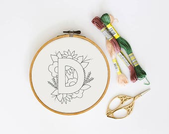 Letter D Embroidery Pattern, Floral Embroidery Pattern, PDF Embroidery Pattern, Initials Embroidery Pattern, Embroidery Design PDF Download