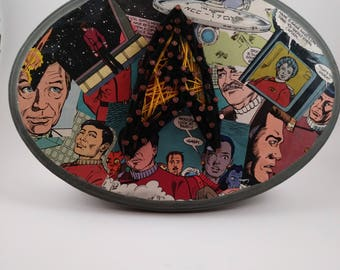 Classic Star Trek String art with comic book background