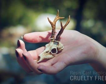 Deer skull replica necklace