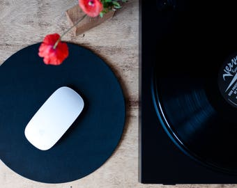 Round Leather Mouse Pad, Leather desk pad, Leather desk mat