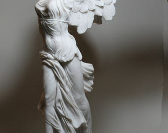 "Winged Nike Victory of Samothrace Goddess Alabaster Statue Sculpture 14.17"" - 36 cm **Free Shipping & Free Tracking Number**"