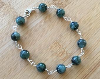 Natural Emerald Wire Wrapped Bracelet, Sterling Silver Bracelet, May Birthstone Jewelry, Emerald Jewelry, Green Beaded Bracelet