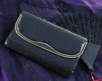 Smashing Vintage Metallic Party Clutch