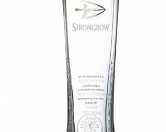 Engraved Strongbow Pint Glass. Personalised with your message. Great for Dad or a Cider lover!