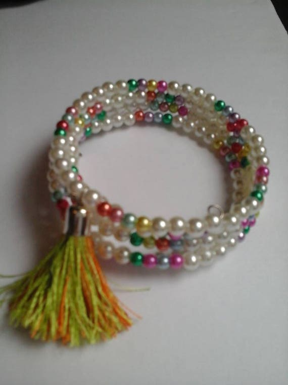 Glass Bead and Tassel Cuff, Memory Wire 5 Strand Wrap Bracelet, Glass Seed Beads, Glass Pearl Bead, Beaded Tassel Cuff