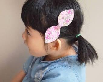Flower Printed Felt Bow Hair Clip