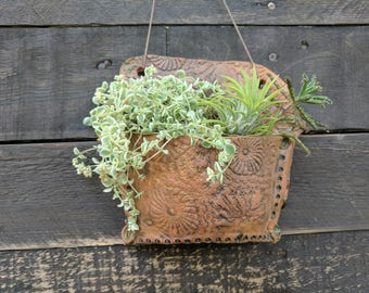 Ceramic wall pocket, succulent planter, wall planter, air plant holder, hanging planter