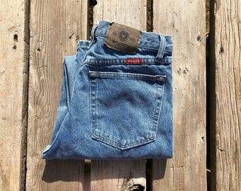 """Wrangler 31"""" Light Wash High Waist Vintage Jeans"""