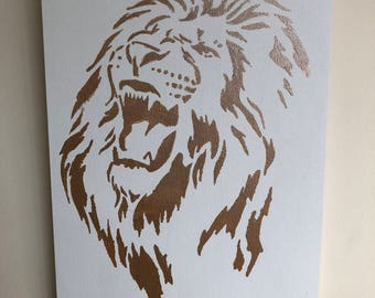Stencil Painted Lion Head Wall Hanging - Painted Wall Hanging - Lion Head - Stencil - Stencil Painting