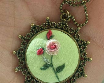 Single rose pendent, Embroidery pendent, hand made (with chain), vintage