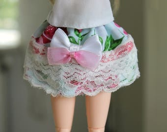 Pullip/ obitsu doll skirt with elastic waistband
