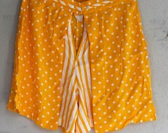 Vintage 80a 90s checkered/polka dot high waisted rayon skort-Used