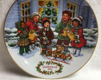 Avon 'Perfect Harmony' (Singing Children) Collector Plate (#102)