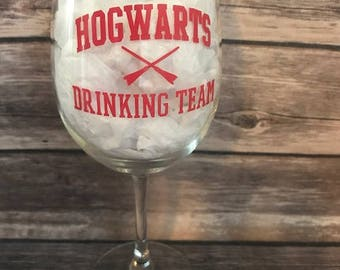 Hogwarts Drinking Team Wine Glass,  Hogwarts Wine Glass,  Harry Potter Wine Glass