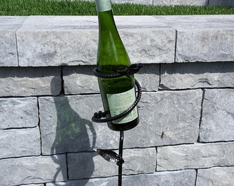 Wine Bottle Holder Leaf