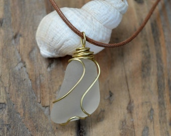 Scottish Sea Glass Pendant, Brass Wired Sea Glass Pendant, Beach Chic, Vintage Necklace, Gifts for Her, Sea Glass Jewellery, Wire Jewelry
