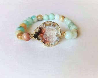 Amazonite bracelet with an agate geode stone