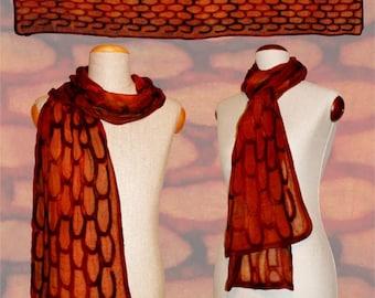 "Silk scarf ""reptile skin"" red-brown, snakeskin-optic, Nuno-scarf, felt-scarf, silk, wool"