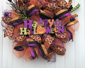 Halloween deco mesh wreath, Halloween wreath, Happy Halloween, ruffle wreath, Halloween decor, whimsical wreath, door decor