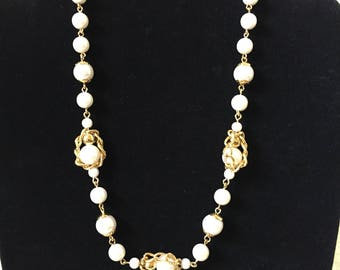 """Vintage Trifari Pearl Necklace with Chain Details Gold Tone Metal 17"""" Signed Jewelry"""