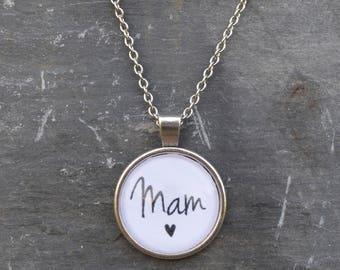 Cadwyn 'Mam' Necklace - Welsh - Cymraeg - Gift