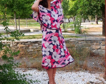 Vintage Dress for Women, Maxi Floral Dress, Midi Dress, Summer Dress. 70, Fluid Dress