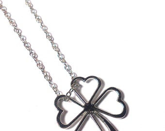 St. Patrick's Day necklace - Four Leaf Clover Necklace - Silver Necklace - Lucky Charm - Necklace Flower - Gift for her - Gift for women