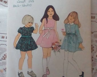 Vintage Style 4020 dressmakers sewing pattern Child's Dress 1970s 1972