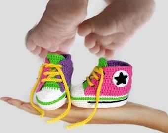Crocheted sport sneakers for baby girl / gift baby girl shoes / shoes for newborn girl / newborn shoes gift / baby girl gift ideas