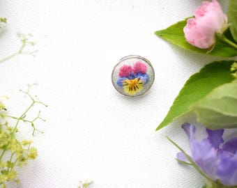 Hand Embroidered Flower Brooch, Viola Flower Pin, Hand Embroidered Badge, Violas and Pansies