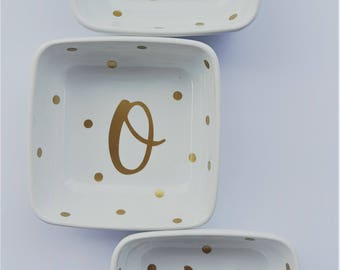 Monogrammed Jewelry Dish, Beautiful Bridesmaid Gifts, trinkets, trendy and elegant, Personalized with Initial