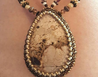 Kitchen Sink Horse Hair Jasper Plus Stand Necklace and Earrings
