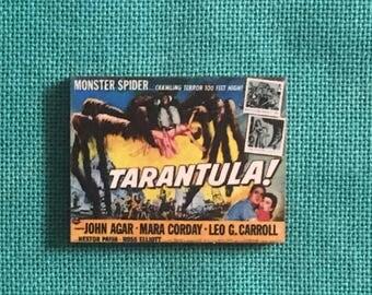 Tarantula!/Sci-Fi Movie Wooden Needle Minder