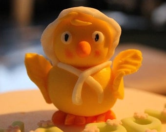 Easter Chick edible cake topper plus lettering and selection of spring flowers and leaves suit cakes, cupcakes, biscuits