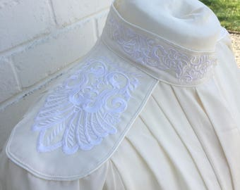 Vintage 1980s Embroidered Blouse