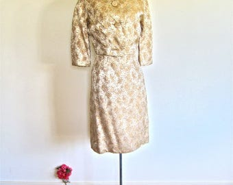 S  M 50s 60s 2pc Jacket & Dress Suit Cream Brocade Gold Accents Wiggle Crop Cocktail Small Petite Vintage Small Medium