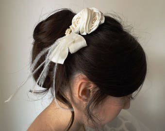 three roses bridal hair comb