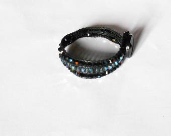 Swarosky and black button pearl bracelet