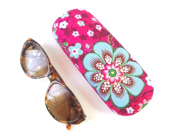 Hard-shell eyeglass case ' cherry blossom on pink '