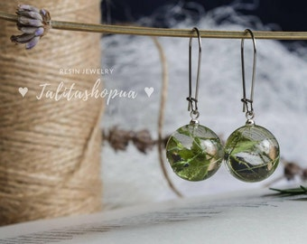 Botanical green leaf ball resin earrings - Nature earrings - Earrings for women - Boho earrings - Unique earrings - Handmade earrings